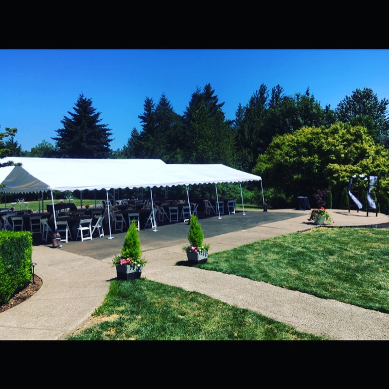 Wedding Venue Portland, OR, Willamette Valley, Garden, Outdoor venue, gazebo, wedding planner, coordination, event planner, bride, groom, Aurora